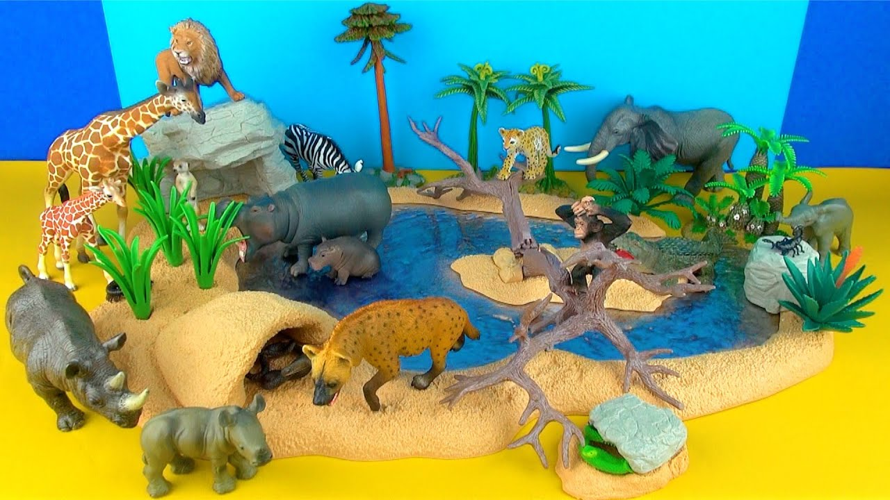 Happy Cute Zoo Animals Wildlife Watering Hole Playset Lion