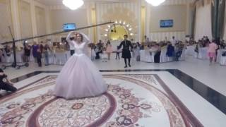 Азербайджанский танец Узун дере от Сархана и Айши
