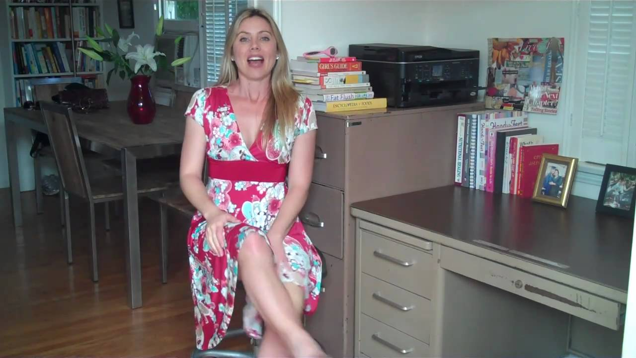 Stiletto quickie workout in a chair w laurel house youtube for The laurel house