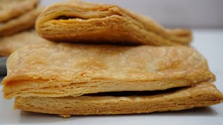 बेकरी जैसी आलू पेटिस घर में बनाये (कढ़ाई और माइक्रोवेव) - aloo patties homemade