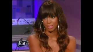 Kelly Rowland singing