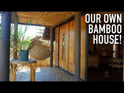 WE HAVE AN ENTIRE BAMBOO HOUSE TO OURSELVES! | Puerto Princesa, Philippines