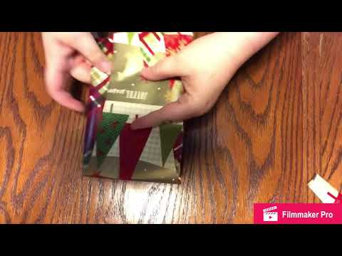 Simple Bow Made W/Wrapping Paper (Tutorial) thumbnail