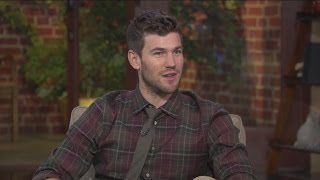 Austin Stowell on playing a spy plane pilot in 'Bridge Of Spies'