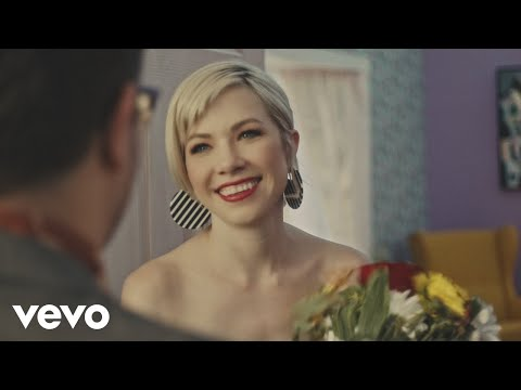 Carly Rae Jepsen – Want You In My Room