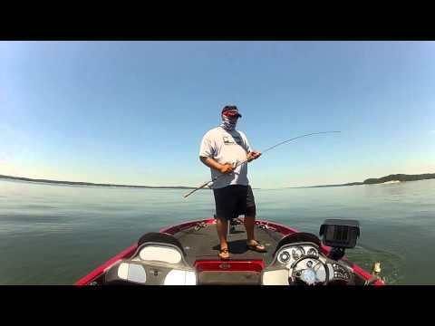 Tips for Bass Fishing with Football Jigs Offshore