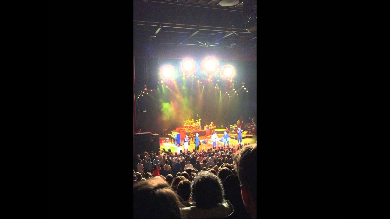 TOTO Africa, Hard Rock, Vancouver - YouTube