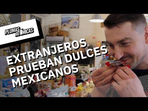 Así reaccionan los extranjeros a los dulces mexicanos