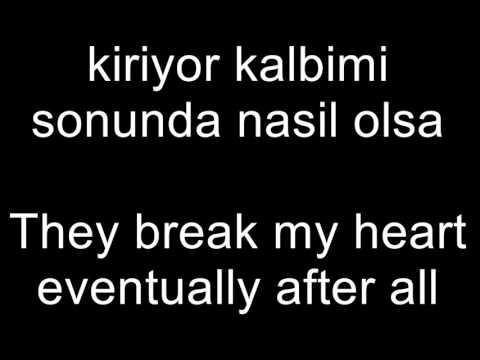 Demet Sağıroğlu arnavut kaldırım Aslı Enver cover lyricsTranslation
