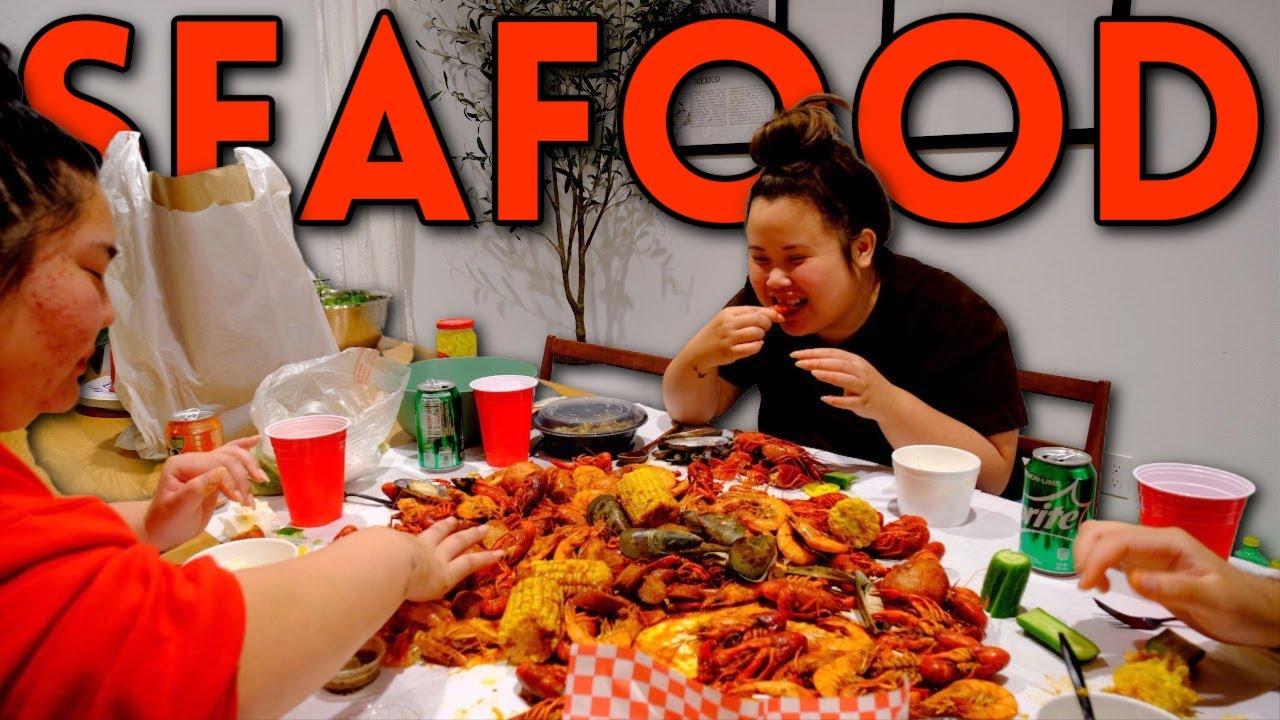 GIANT SHRIMP SEAFOOD BOIL 먹방 + CRAWFISH + MUSSELS MUKBANG EATING SHOW!