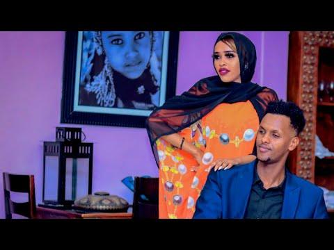 Download ABDIJIBAAR GACALIYE & NIMCA DAIMOND  |XALKII NOLOSHA | New Somali Music Video 2021 (Official Video)