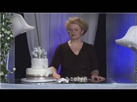 design-&-order-your-wedding-cake-:-classic-wedding-cake-theme
