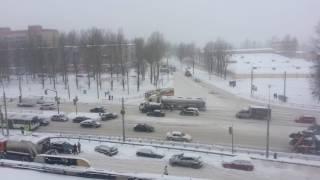 Снегопад Ярославль 08.11.16(Сколько снега в ноябре не кто не ждал), 2016-11-08T12:09:02.000Z)