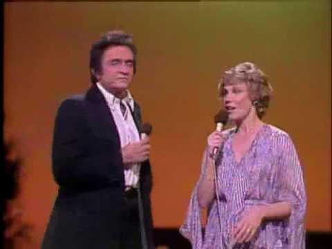 Anne Murray & Johnny Cash - Christmas Feeling - YouTube