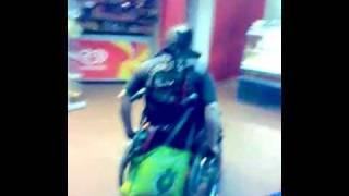 Pzyscho Rollstuhlfahrer Krass Ohren schmerzen
