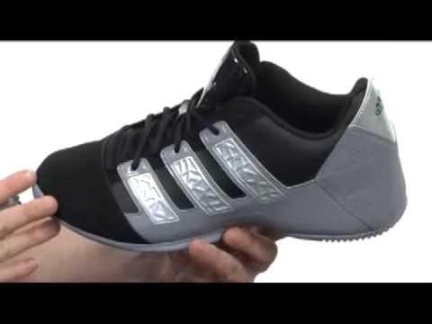 adidas commander