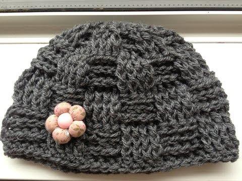 Mũ len cách điệu với mũi móc đan rổ ô vuông