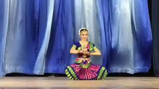 Bharatnatyam Dance on Bahubali movie song by Jahanvi Desai
