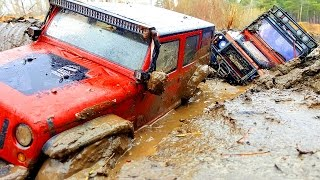 Rescue Stuck In The MUD — RC Jeep Wrangler Rubicon VS Land Rover Defender 90 — RC Extreme Pictures
