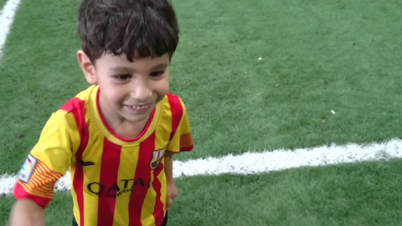 Messi's childhood struggle: Much more than a few injections - Goal.com