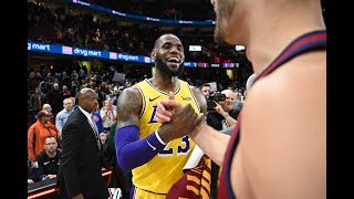 LeBron Gets Standing Ovation From Fans and Tribute Video From Cavs in Cleveland Return