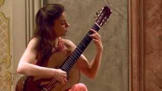 Ana Vidovic plays