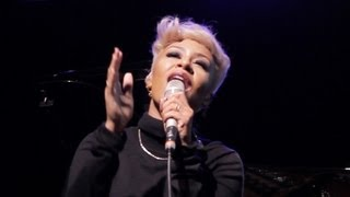 Emeli Sandé - Clown / Next to Me (live), plus Interview and receives James Joyce Award in UCD