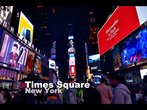 Exploring New York City & Times Square Manhattan at Night