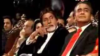 Amitabh Bachchan V/S Shahrukh Khan in world Tour