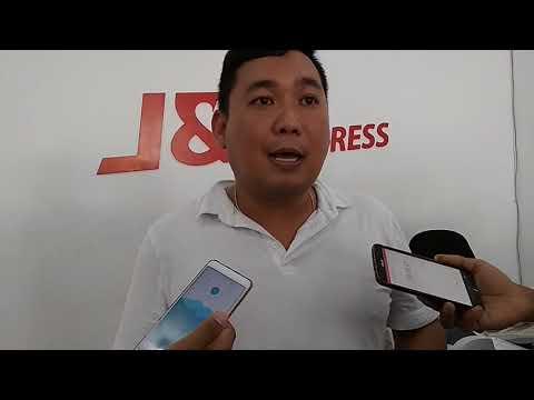 Asisten Direktur J&T Ekspres Memberikan Informasi Terkait Hilangnya Barang Di Cargo Bandara