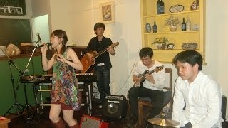 2012.12.15@Brown Eyes♪♪(Sukhumvit Soi12) We had a gig with fabulou...