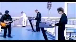 depeche mode enjoy the silence w lyrics