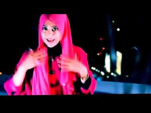 cara memakai jilbab pashmina untuk acara pesta