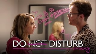 Bart Baker and Taryn Southern do the Justin Bieber | Do Not Disturb