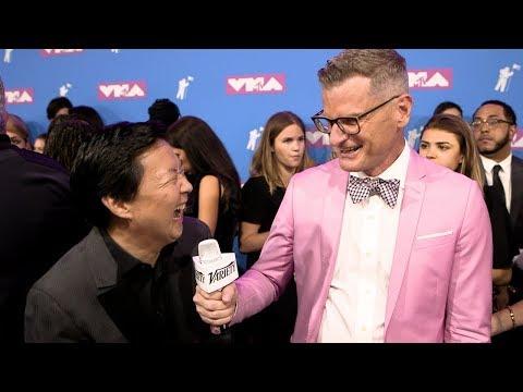 Ken Jeong talks 'Crazy Rich Asians' sequel streaming vf