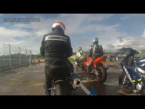 Pembrey Circuit 01/10/2016 4th session (Novice)