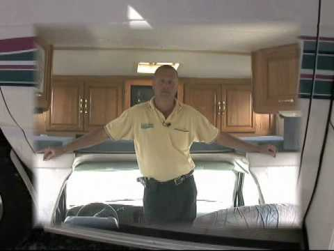 *SOLD* 1998 Coachmen Leprechaun 312 QB Class C - 26768