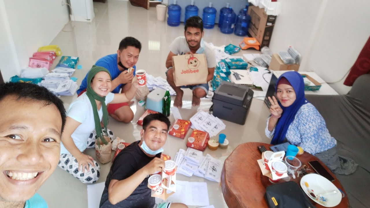 SIMPLE KAIN WITH CO-TEACHERS    TEACHERS HAVING HAPPY MEAL AFTER PRINTING    GRATEFUL GURO