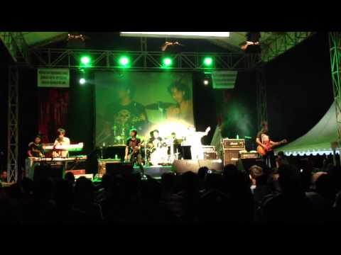 Killing Me Inside - Beautiful ( cover ) at soundsation