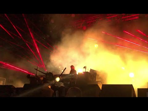 Skrillex - Sicko Mode Remix Live @ Listen Out 2018