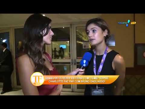 tv fama Sophie Charlotte confirma noivado Daniel Oliveira 26 02 2015 mircmirc