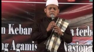 Video KH Ziman Hanifun Nusuk : Kesesi Bersholawat download MP3, 3GP, MP4, WEBM, AVI, FLV November 2017