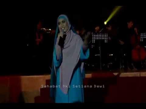Oki Setiana Dewi - Ketika Cinta Bertasbih [LIVE]