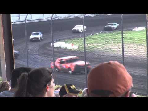 Nielsen racing Algona 5-31-14