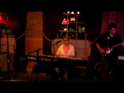 Jennifer Hill-Breathe Easy-The Main Pub-May 2010