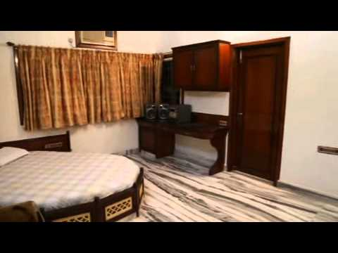 Villa on the bank of river Tapi (Surat, Gujarat, India) for sale