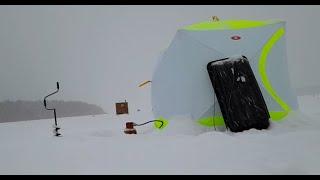 На улице 20 а в палатке Ташкент Зимняя рыбалка в мороз Активный клев
