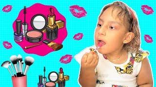 Maria Clara finge chorar para ganhar roupas e maquiagem do papai - MC Divertida