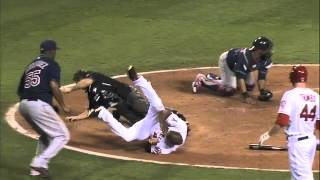 2012/08/15 Umpire exits with injury
