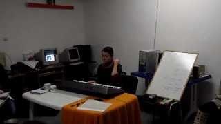 Урок 1 по ПИАНО ЗА НАЧИНАЕЩИ - Клип 2/2: октави, постановка и пръстовка - Солидарен център-Варна